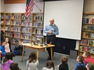 Applied Robotics' Ed Miron speaks at local Elementary School